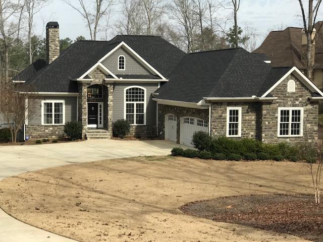 217 Commonwealth Dr., Greenwood, SC 29666 (MLS #115208) :: Premier Properties Real Estate