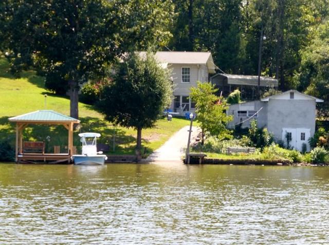 136 Mountain Shore, Greenwood, SC 29649 (MLS #115454) :: Premier Properties Real Estate