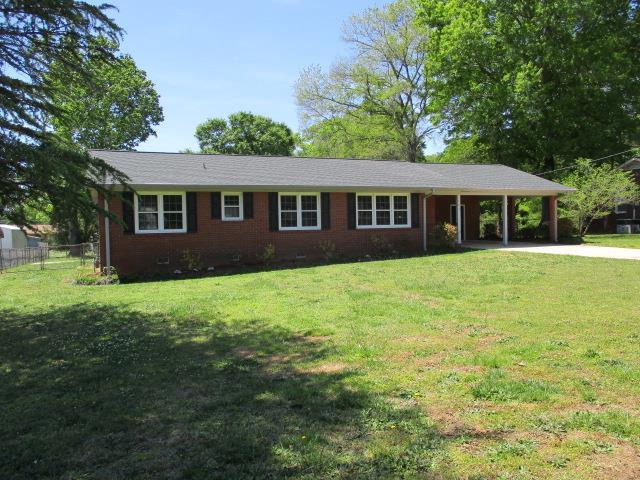 103 Anderson Dr., Greenwood, SC 29646 (MLS #115485) :: Premier Properties Real Estate