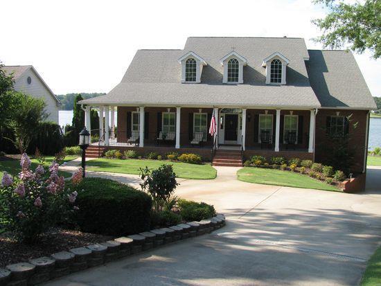 120 Pucketts Cove, Greenwood, SC 29649 (MLS #115961) :: Premier Properties Real Estate