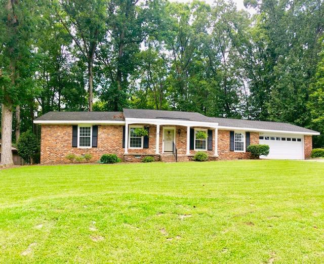 511 Colonial, Greenwood, SC 29649 (MLS #116043) :: Premier Properties Real Estate