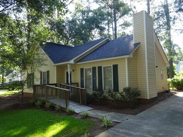 111 Loblolly, Greenwood, SC 29646 (MLS #116065) :: Premier Properties Real Estate