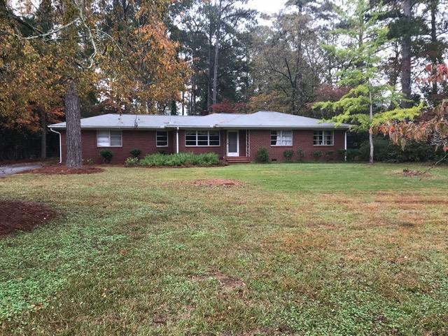 104 Hampton, Greenwood, SC 29649 (MLS #116486) :: Premier Properties Real Estate