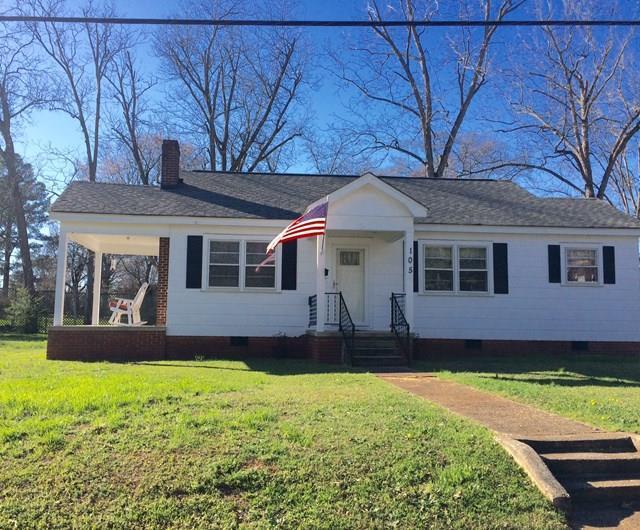 105 Elizabeth St, Abbeville, SC 29620 (MLS #116510) :: Premier Properties Real Estate