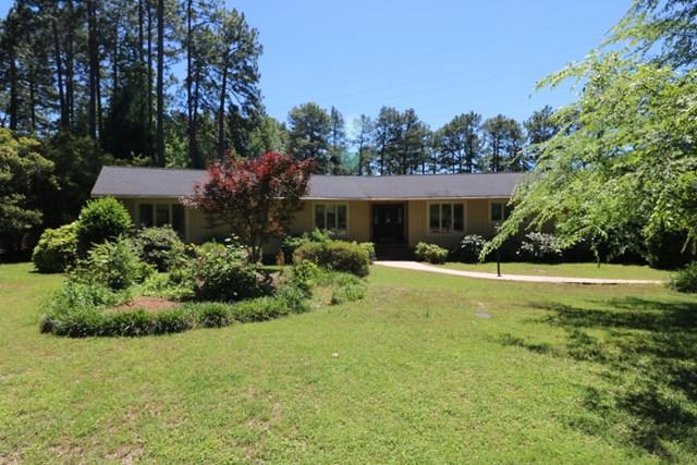 113 Saint Andrews Ln, Greenwood, SC 29646 (MLS #116742) :: Premier Properties Real Estate