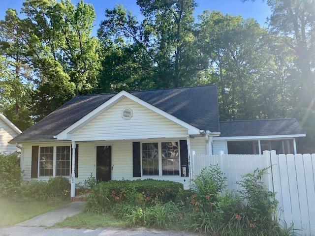 103 Brazington, Greenwood, SC 29649 (MLS #117410) :: Premier Properties Real Estate
