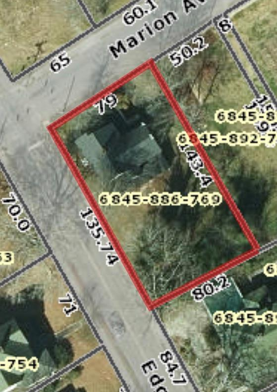 225 Marion Ave, Greenwood, SC 29649 (MLS #117488) :: Premier Properties Real Estate