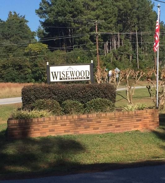 219 Wisewood Circle, Greenwood, SC 29646 (MLS #114584) :: Premier Properties Real Estate