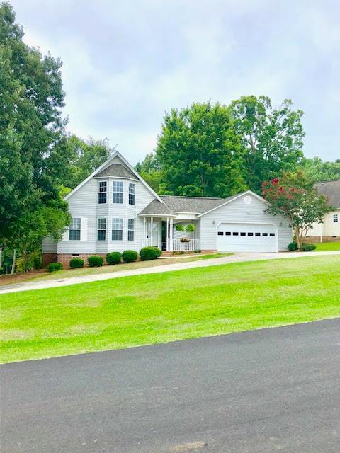 216 Driftwood Dr., Greenwood, SC 29646 (MLS #117690) :: Premier Properties Real Estate