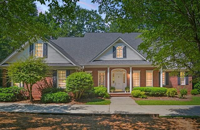 102 English Ct, Greenwood, SC 29649 (MLS #113970) :: Premier Properties Real Estate