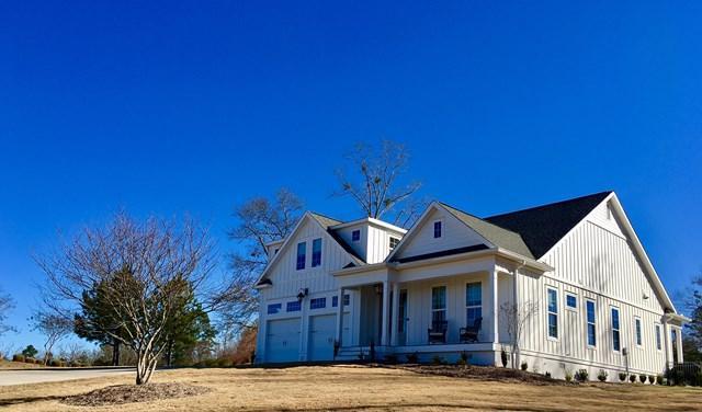 108 Spyglass Dr, Greenwood, SC 29649 (MLS #115139) :: Premier Properties Real Estate