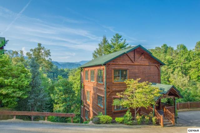 "808 Great Smoky Way ""Gatlinburg Maj, Gatlinburg, TN 37738 (#212351) :: Colonial Real Estate"