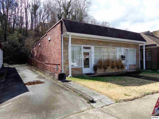 325 E Broadway, Newport, TN 37821 (#214529) :: Colonial Real Estate