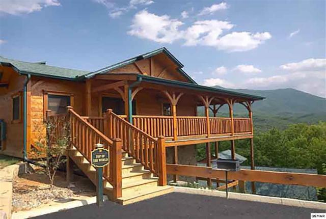 819 Great Smoky Way, Gatlinburg, TN 37738 (#215061) :: The Terrell Team