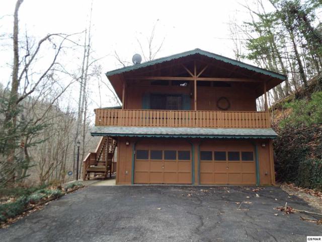 2726 Mountain Blvd, Sevierville, TN 37876 (#215223) :: Four Seasons Realty, Inc