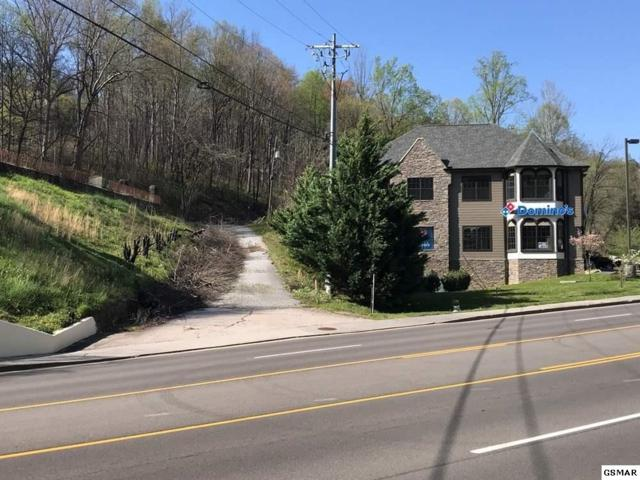 945 East Parkway, Gatlinburg, TN 37738 (#215685) :: Four Seasons Realty, Inc