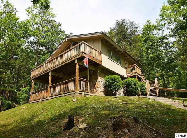 715 Upper Windsor Way, Gatlinburg, TN 37738 (#216149) :: Four Seasons Realty, Inc
