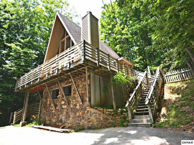 "2127 Luzerne Drive ""Smoky Mountain, Gatlinburg, TN 37738 (#216773) :: Colonial Real Estate"