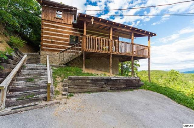 2104 Quail Run Way, Sevierville, TN 37876 (#216954) :: Colonial Real Estate