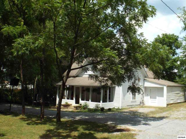 628 Park Rd, Sevierville, TN 37876 (#217556) :: Colonial Real Estate
