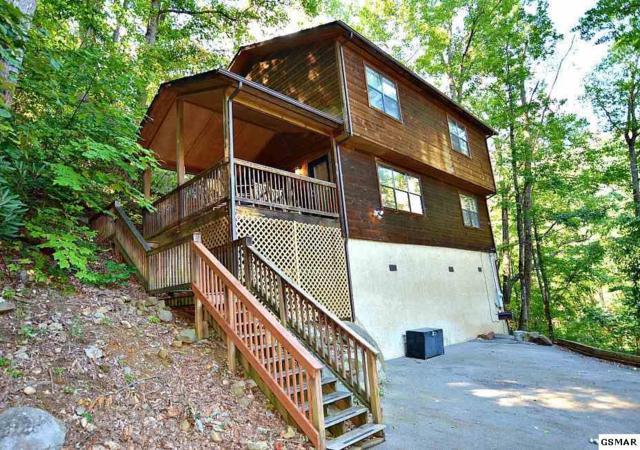 "937 Ski Mountain Road ""High Times"", Gatlinburg, TN 37738 (#218674) :: Four Seasons Realty, Inc"