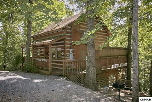 1918 Charles Lewis Way, Sevierville, TN 37876 (#220551) :: Prime Mountain Properties