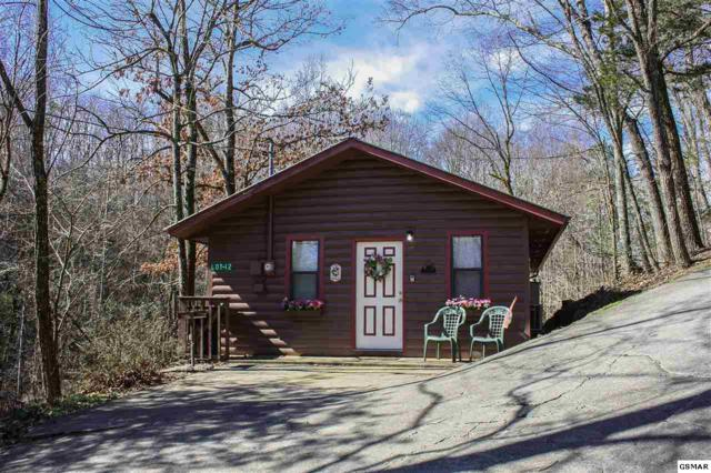 2036 Ridge Road Unit 12, Pigeon Forge, TN 37863 (#220729) :: Colonial Real Estate