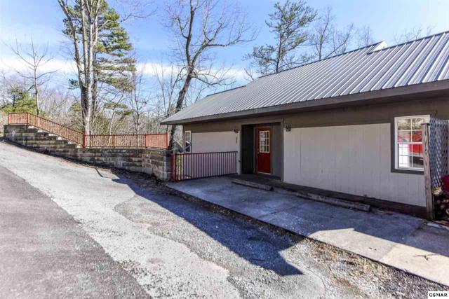 549 Johnson Ln Unit 1, Gatlinburg, TN 37738 (#220736) :: Billy Houston Group