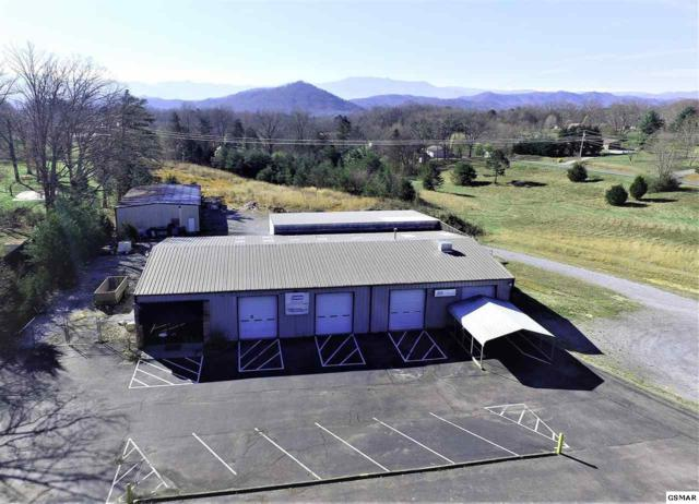 2457 Old Newport Hwy, Sevierville, TN 37876 (#221335) :: Colonial Real Estate