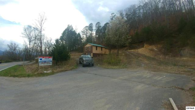 2560 Wears Valley Rd, Sevierville, TN 37862 (#221944) :: Colonial Real Estate