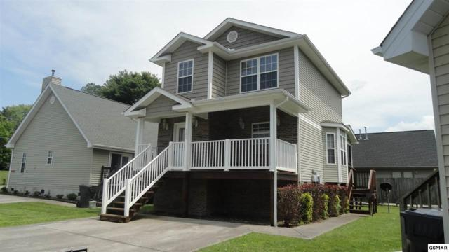305 Creekwalk Blve, Pigeon Forge, TN 37876 (#222561) :: Prime Mountain Properties