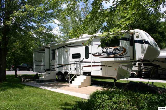 4229 E Parkway Lot 124, Gatlinburg, TN 37738 (#223414) :: Colonial Real Estate