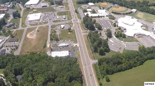 1201 Dolly Parton Parkway Industrial Park, Sevierville, TN 37862 (#224067) :: Four Seasons Realty, Inc