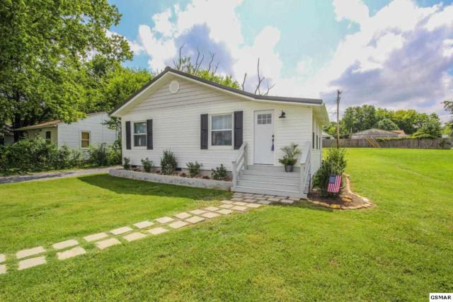 1506 Monroe Ave, Maryville, TN 37804 (#224074) :: Colonial Real Estate