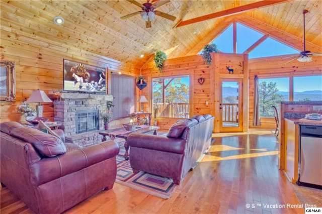 "2945 Legacy Vista Dr ""Misty Blue"", Sevierville, TN 37876 (#224729) :: Colonial Real Estate"