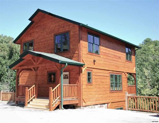 887 Great Smoky Way, Gatlinburg, TN 37738 (#224806) :: Colonial Real Estate