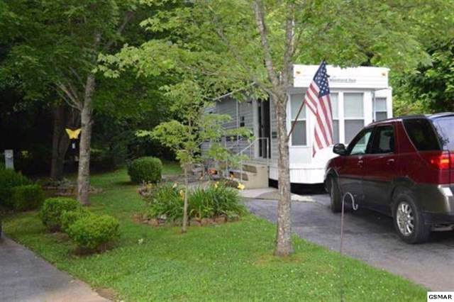 4229 E Parkway Lot #396 W/ Uni, Gatlinburg, TN 37738 (#225685) :: The Terrell Team