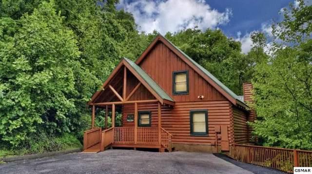 701 Ridgewood Way, Pigeon Forge, TN 37863 (#225861) :: Four Seasons Realty, Inc