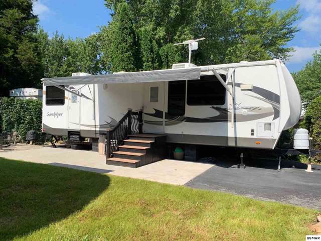 4223 E Parkway Lot 233, Gatlinburg, TN 37738 (#225958) :: Four Seasons Realty, Inc