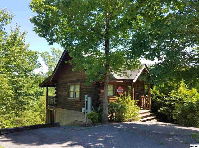 570 Country Oaks Drive, Pigeon Forge, TN 37863 (#228510) :: Prime Mountain Properties