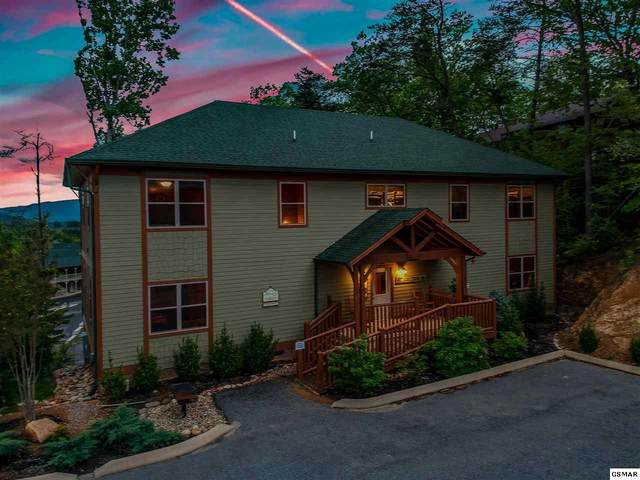 1025 Timeless Way, Pigeon Forge, TN 37863 (#228820) :: Four Seasons Realty, Inc