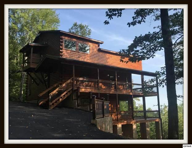"3634 Buckeye Knob Way ""The Treehouse"", Sevierville, TN 37862 (#230173) :: Four Seasons Realty, Inc"