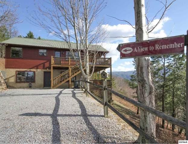 2487 Black Bear Ridge Way A View To Remem, Sevierville, TN 37862 (#230213) :: Four Seasons Realty, Inc