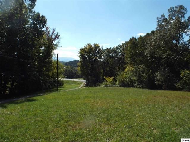 626 Middle Creek Rd, Sevierville, TN 37862 (#230516) :: Jason White Team | Century 21 Legacy