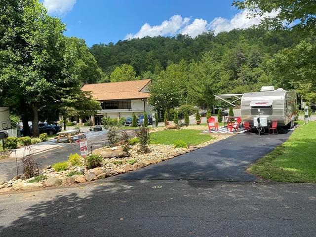 4229 E Parkway Lot 0048 With U, Gatlinburg, TN 37883 (#240926) :: Colonial Real Estate