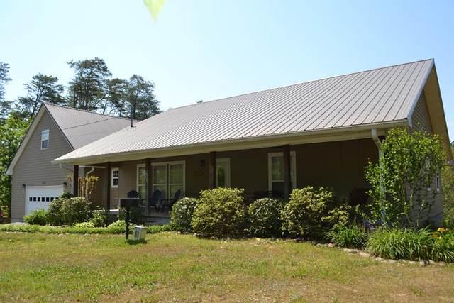 1420 Red Cedar Ln Feels Like Home, Sevierville, TN 37876 (#242727) :: Century 21 Legacy