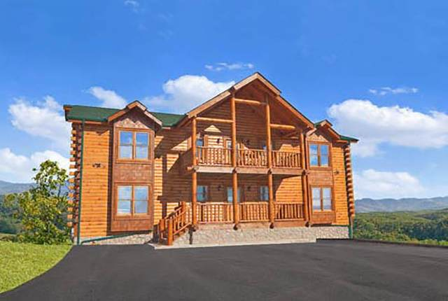 2317 Top Of The World Dr, Sevierville, TN 37876 (#243557) :: The Terrell-Drager Team