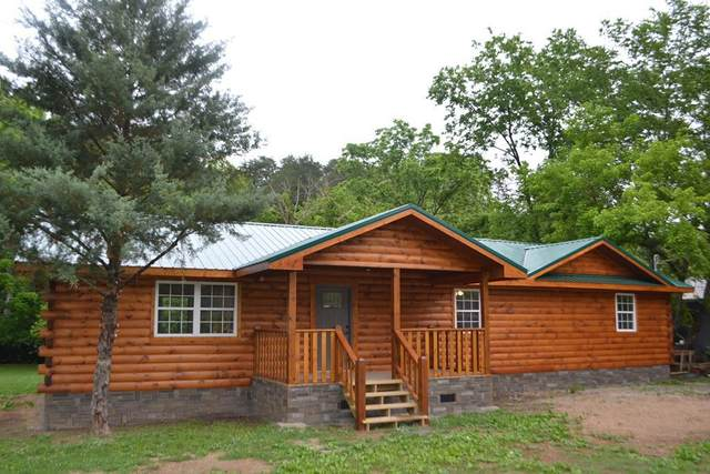 834 Golden Circle Dr, Pigeon Forge, TN 37863 (#243689) :: Colonial Real Estate