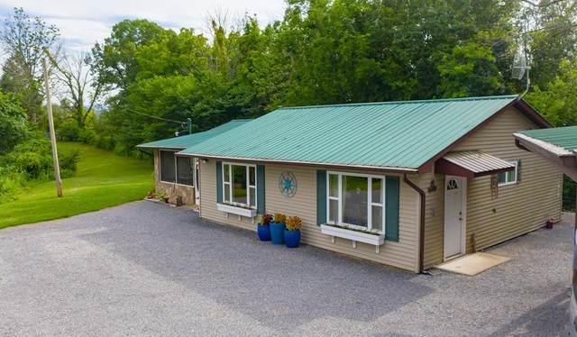 300 Wooded Acres, Dandridge, TN 37725 (#243821) :: The Terrell-Drager Team