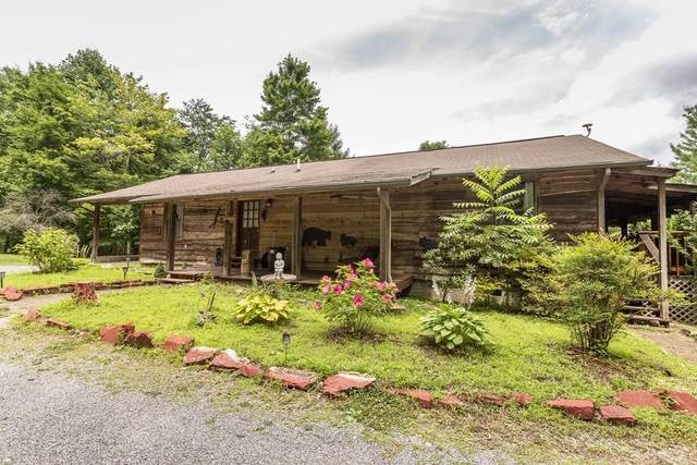 725 Lloyd Huskey Rd, Pigeon Forge, TN 37863 (#243933) :: The Terrell-Drager Team